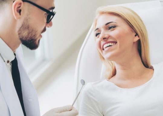 Stomatologia estetyczna: wybielanie zębów