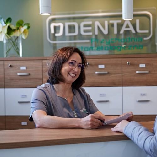 Stomatologia Dental, recepcja
